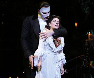 Win two pairs of gold tickets <br>to Phantom of the Opera