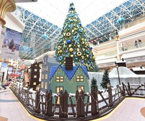 Win a pair of tickets to meet Santa at WAFI!